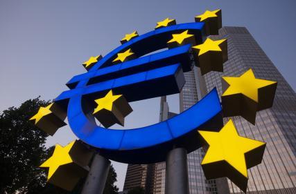 Strong U.S. Data Sinks Euro
