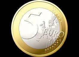 Euro Falls Ahead of ECB Policy Meeting
