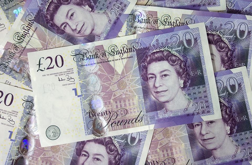 UK pound falls against then dollar