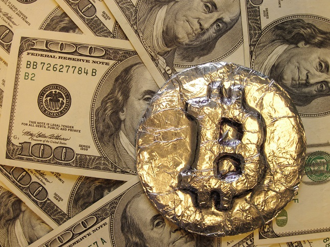 Bitcoin on the Move, in Search of $10,000