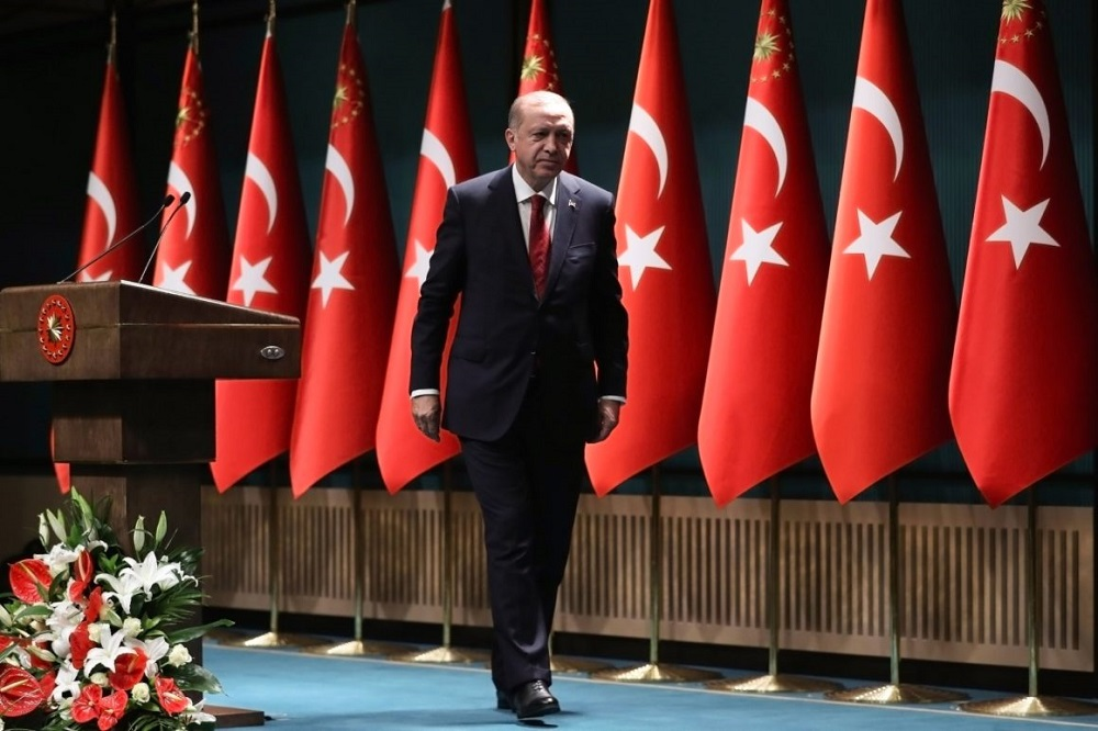 Turkey and Erdogan under Pressure as the Turkish Economy Crumbles
