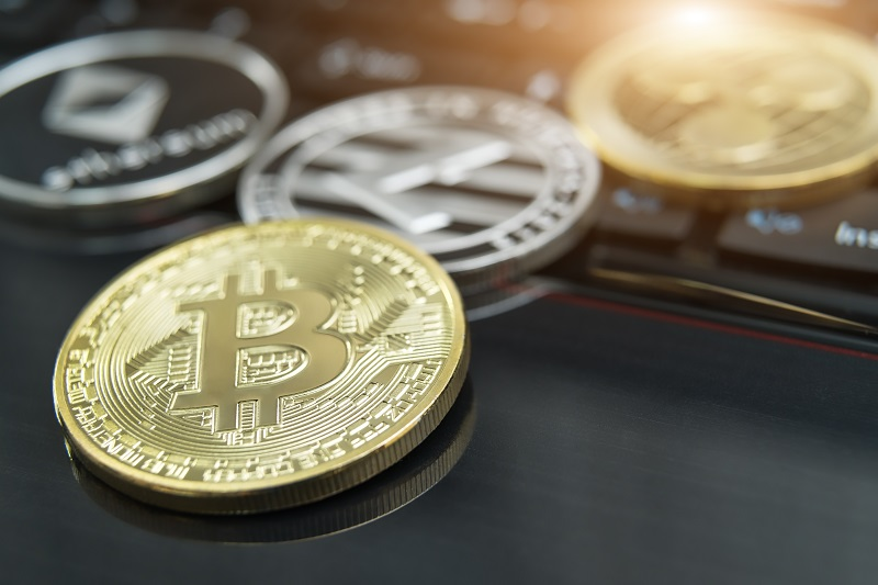 Bitcoin and XRP – Temporary Price Recovery Coming?