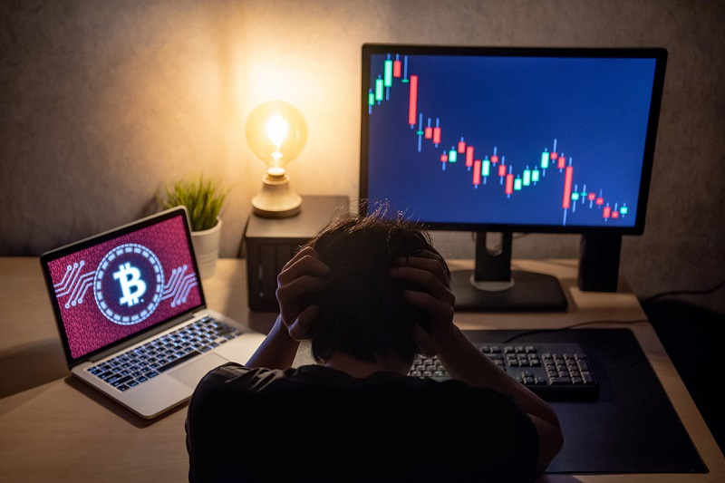 Bitcoin – The Bears Take Big Bite Out of the Bulls