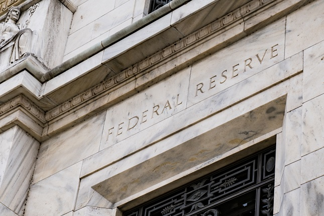 Forex Daily Recap – FOMC Minutes Revealed No Rate Change in the Near Period