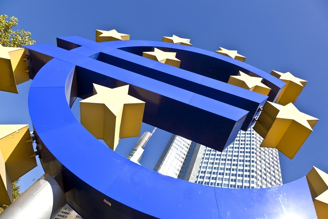 Mario Draghi's Legacy and the Challenges Awaiting Christine Lagarde
