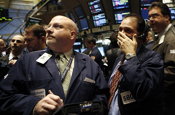 Stocks Fall Sharply Again, Volatility Is On The Rise, Coronavirus Risk Drags On Sentiment