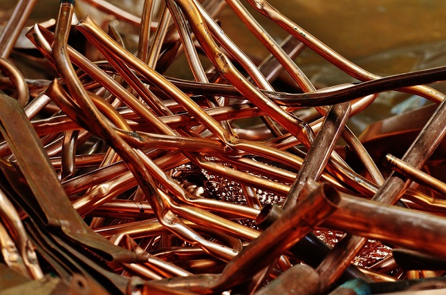 Gold Down Amid Trade Optimism, Copper Recovers From a 2-year Low