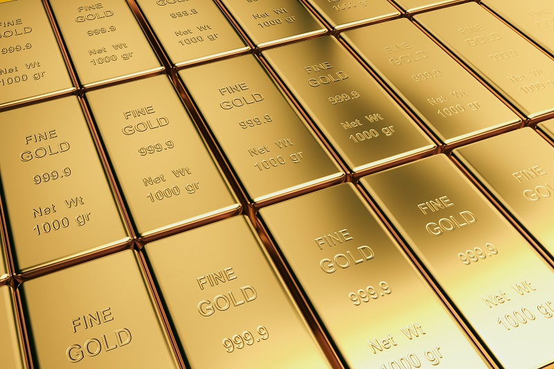 Gold, Silver Up Amid Trade War, Brexit Concerns, Dollar Contains Gains