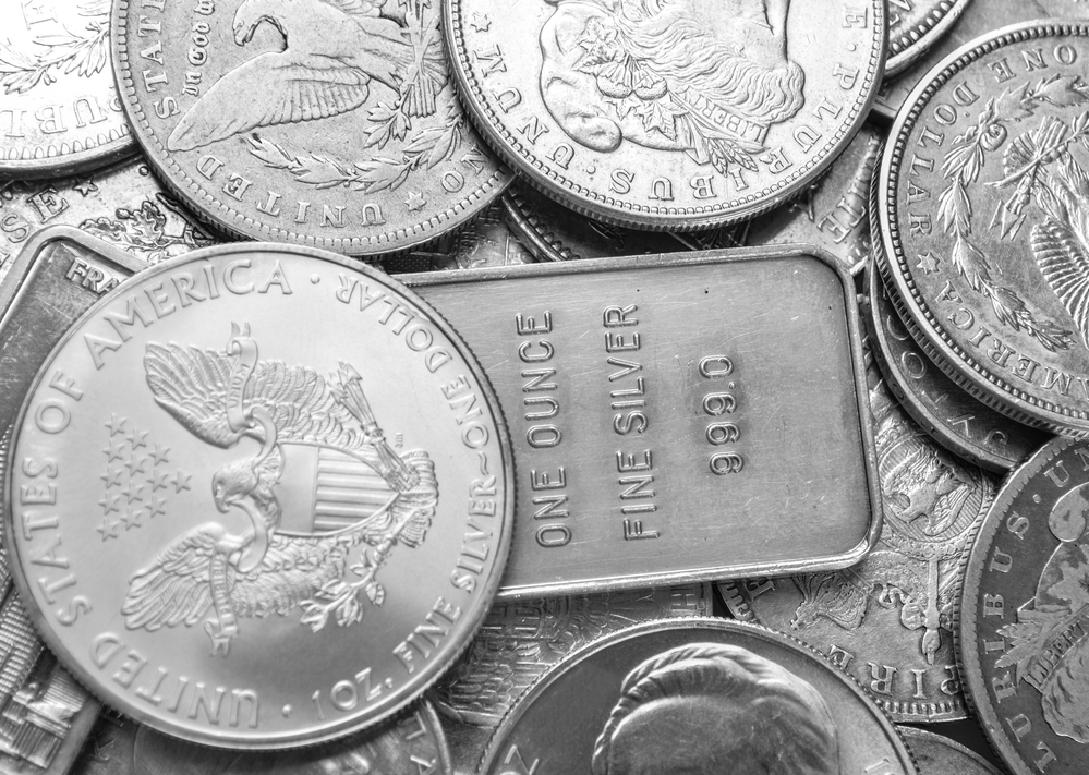 Silver Price Forecast – Silver Pulls Back to 50 EMA Only to Find Buyers