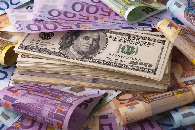 EUR/USD Price Forecast - Euro Running Into Resistance Again
