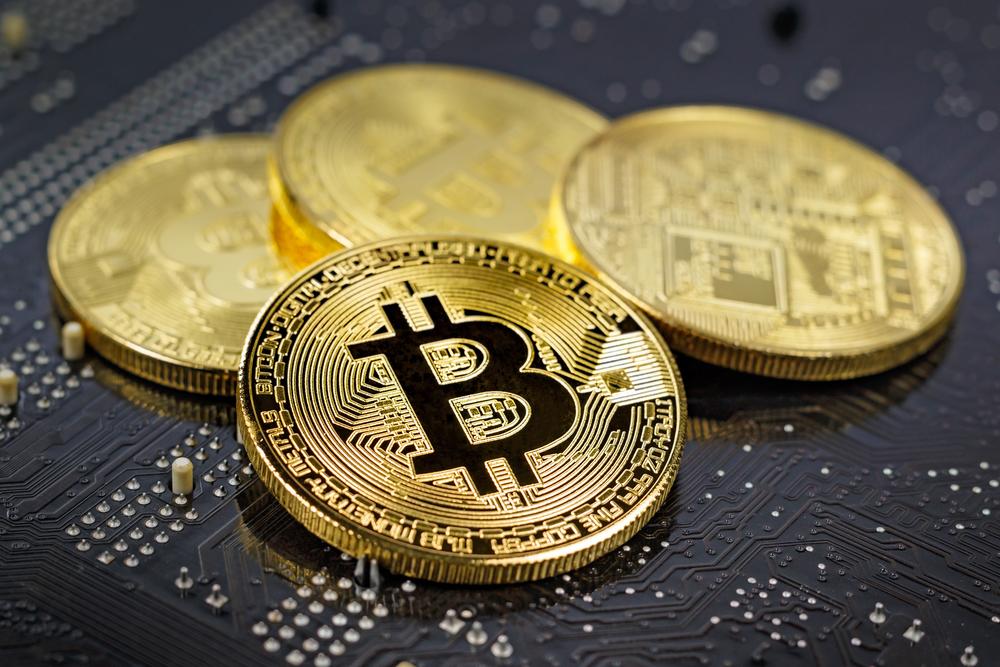 Bitcoin – Testing the High 9K?