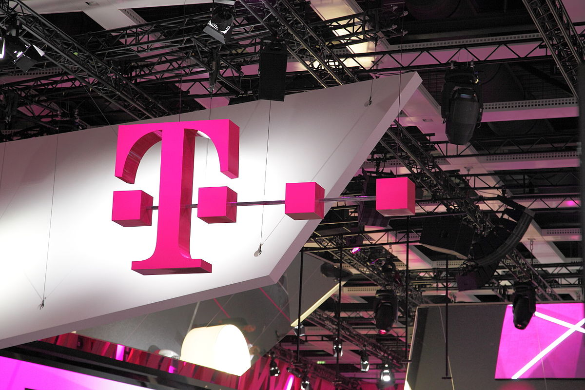 T-Mobile US Q2 Revenue Jumps 61%, Overtakes AT&T as Second-Largest Carrier; Target Price $115