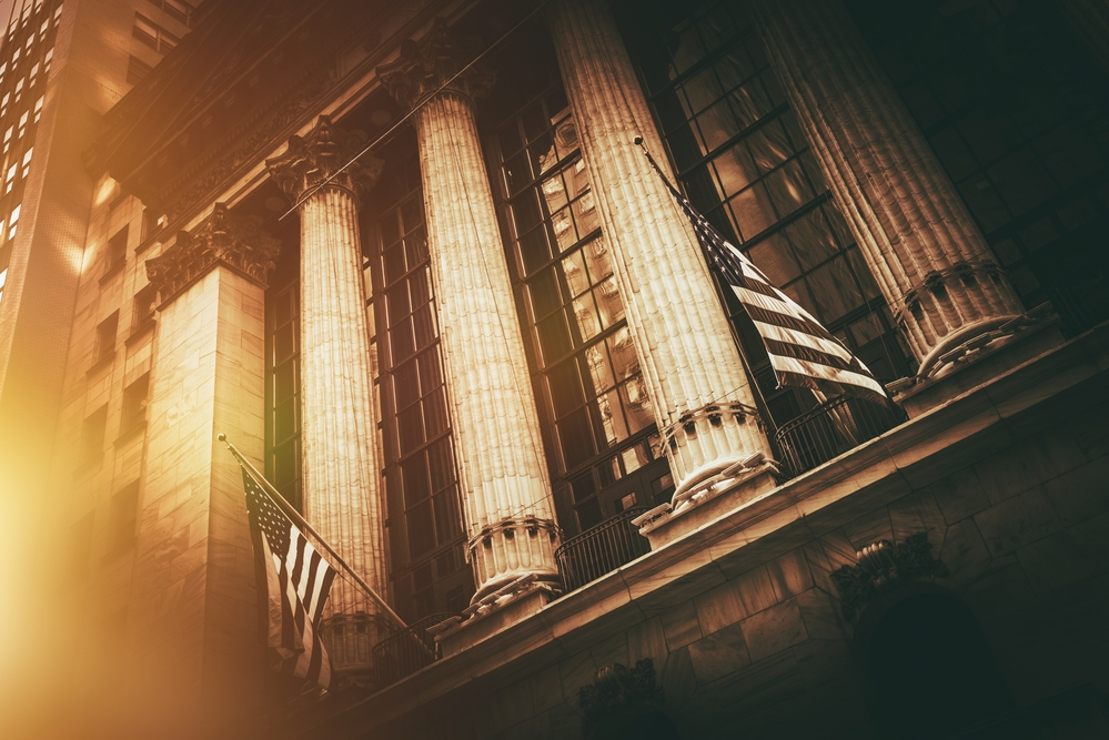 US Stock Market Overview – Stocks Close Higher to Close out the Month on an Up Note