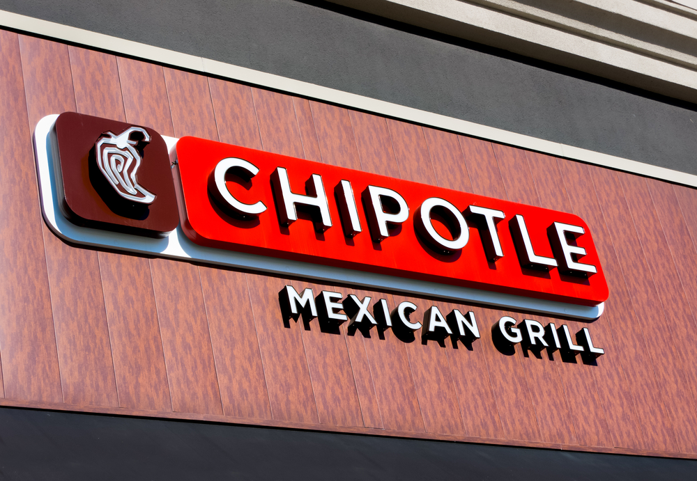 Chipotle Mexican Grill Q2 Revenue Falls 4.8% But Digital Sales Triple; Target Price $1250