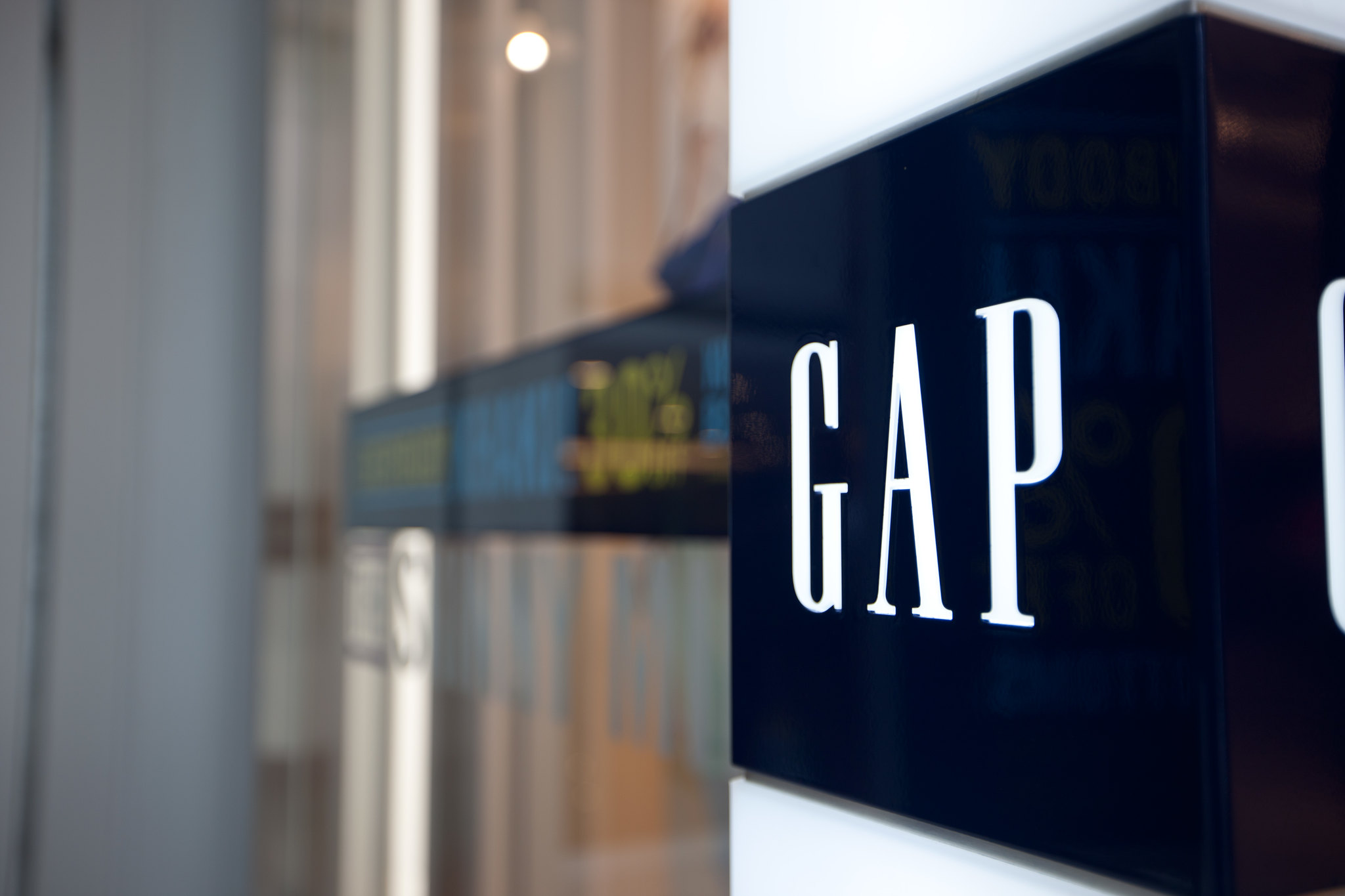 Gap Q2 Comparable Sales Jump 13% as Online Shopping Nearly Doubled Amid COVID-19 Crisis; Target Price $24