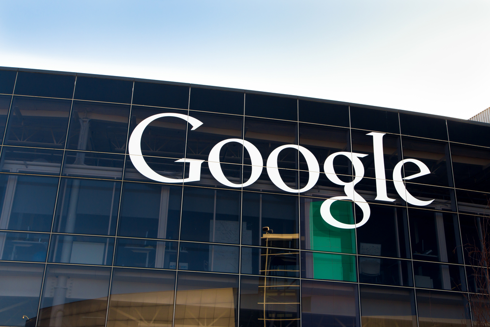 Google Bull Flag Pattern Aims at $1,900 Target Zone