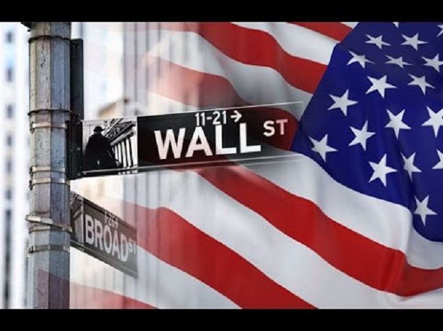 US Stocks:  NASDAQ Finishes Higher While S&P 500 Books Biggest August Gain since 1986