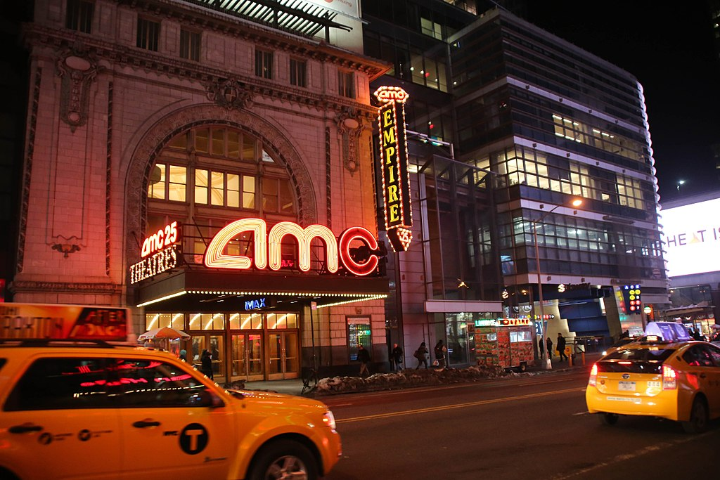 AMC Entertainment Shares Plunge Over 4% as Company Eyes to Sell 15 Million Shares