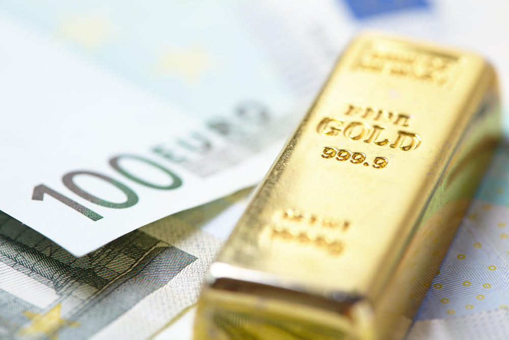 Gold Tests Support on Dollar Turnaround
