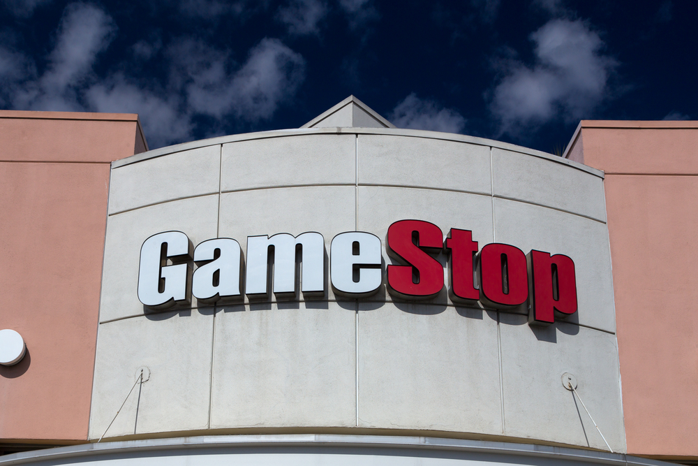 GameStop Tumbles as Earnings Fall Short of Expectations