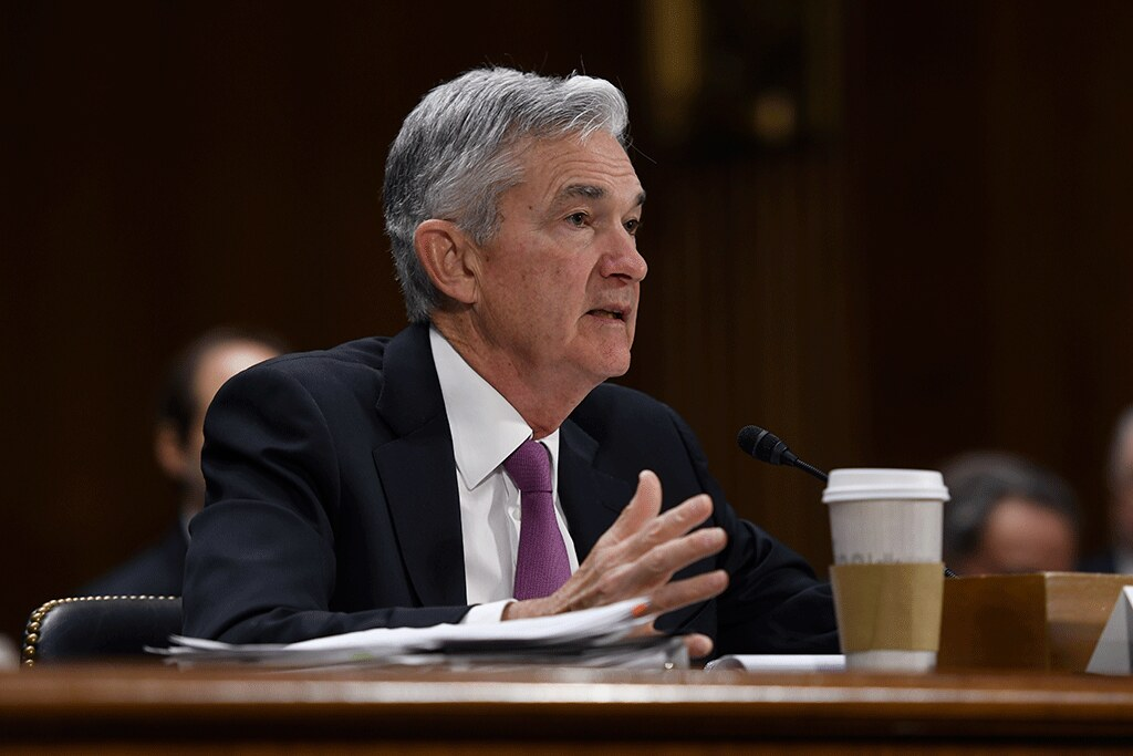 Fed News:  Bullard's Hawkish View on Strength of Recovery Contrasts With Powell's Dovish Outlook