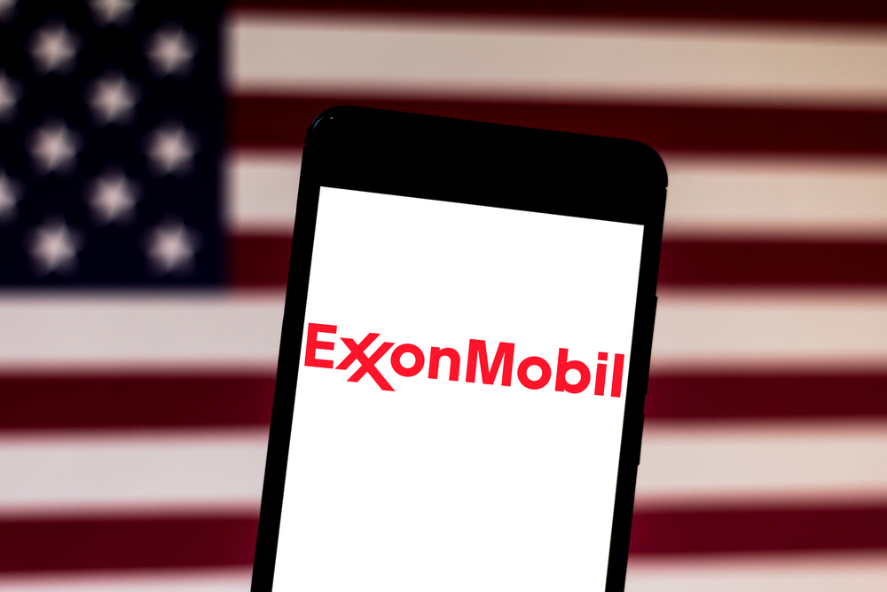 Exxon Mobil Expects Bigger Q3 Loss, But Recovery in Chemicals Industry Would Benefit; Target Price $43