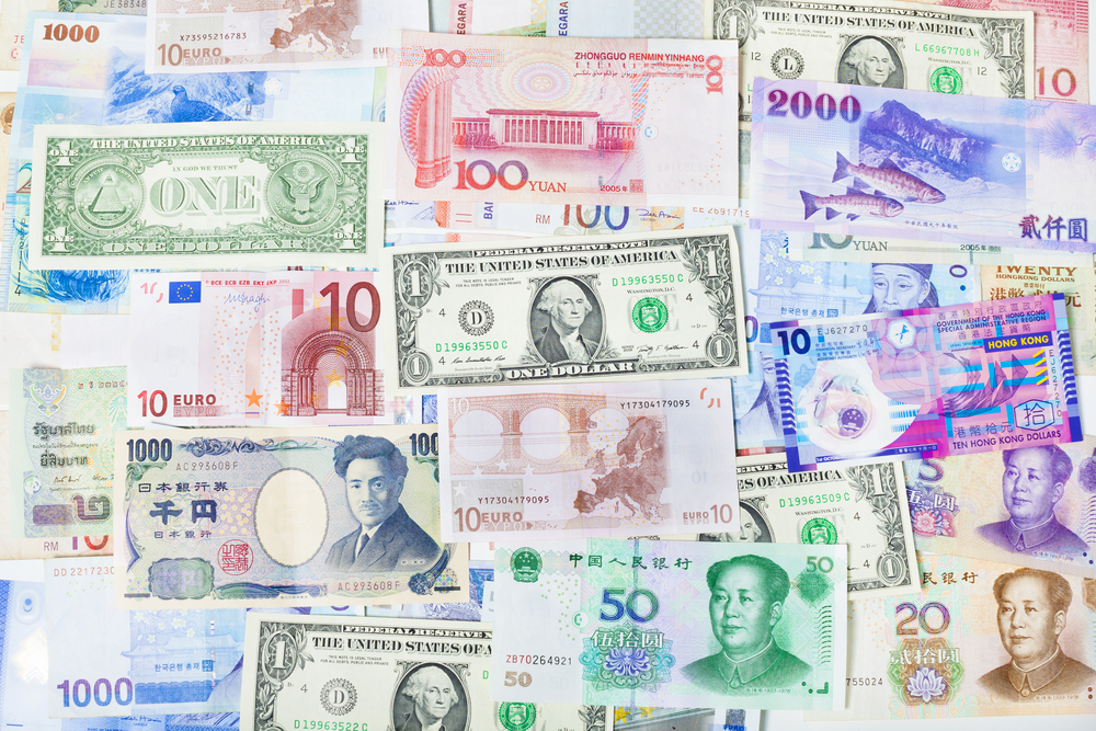 Currency Traders Panorama View on U.S Dollar Signals Blurry Outlook