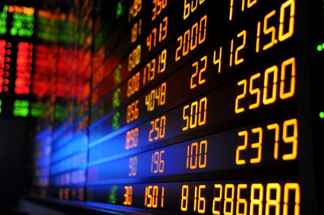 Stocks Fall but Close Week Positive