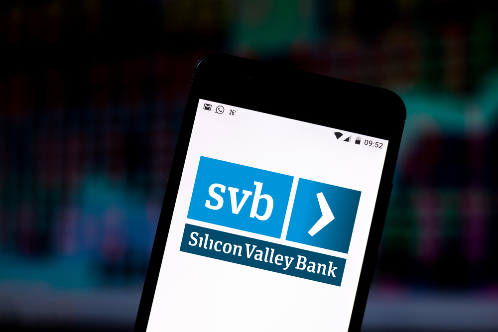 SVB Financial to Acquire Boston Private in $900 Million Deal; Analysts Lift Target Price
