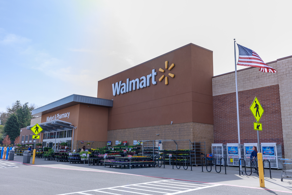 How May Walmart's Fiscal Q4 Earnings Affect its Share Price?