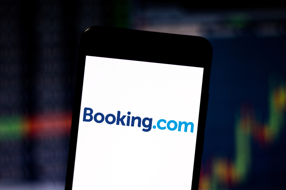 Booking Holdings Trades Flat After Earnings, Revenues Top Forecasts