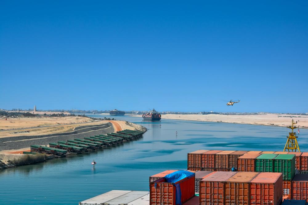 Oil Bears Reign Despite Blockage at Suez Canal
