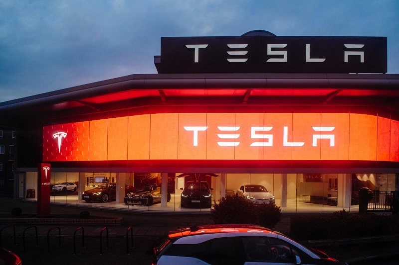 Tesla Shares Rise Over 4% on Stronger-Than-Anticipated Q1 Deliveries