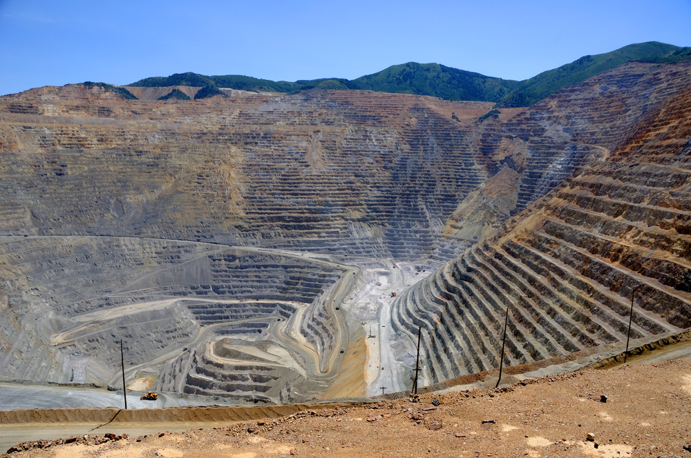 Copper and Grains Led Fund Reduction in Commodities