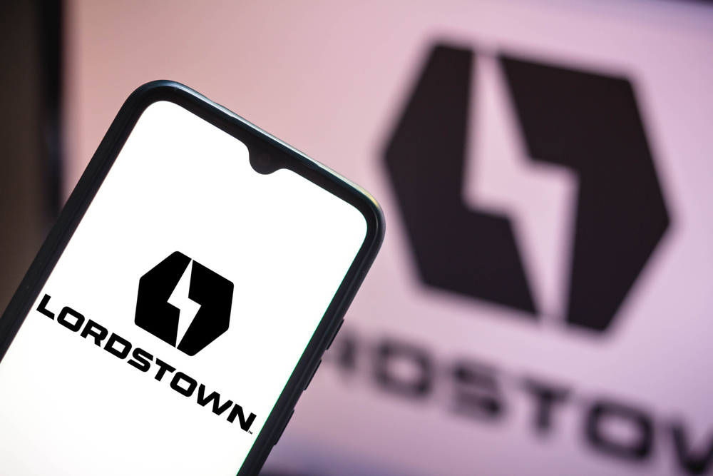 Lordstown Motors Crashes 10% Amid Trimmed Production Forecasts