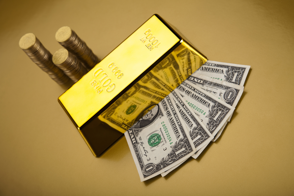 Gold Holds Tight Range As Attention Shifts To ECB – What's Next?