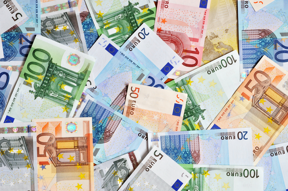 EUR/USD Daily Forecast – Test Of Resistance At 1.1860