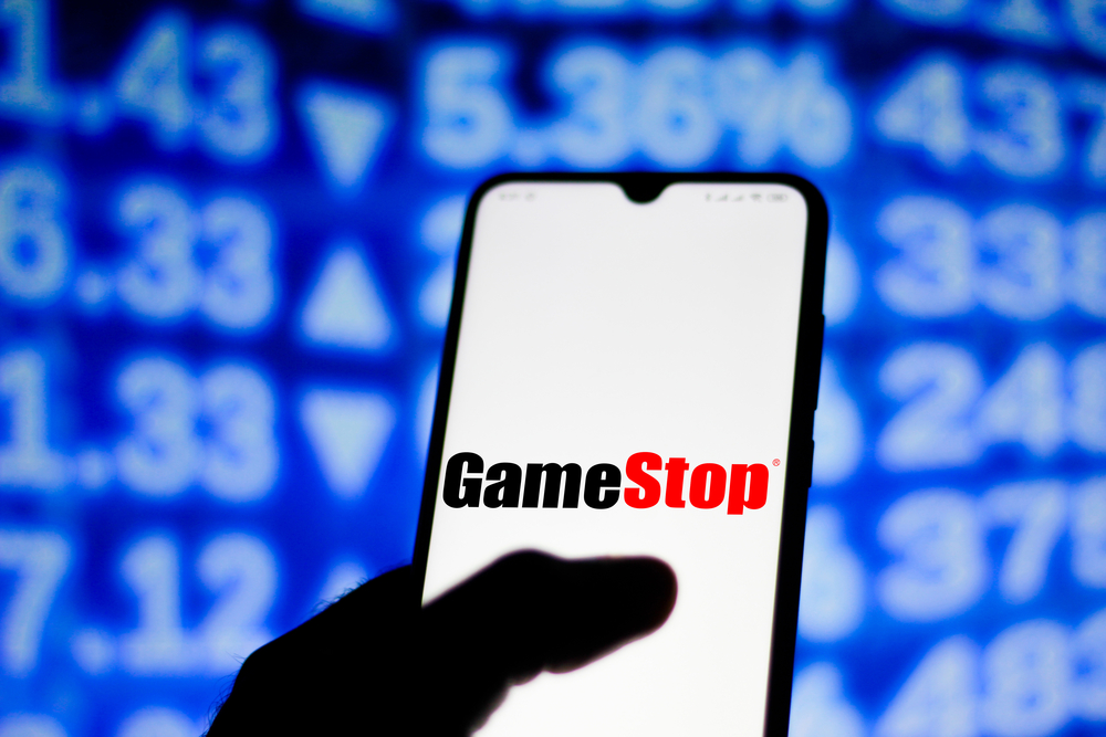 GameStop Does Some Rebranding, Gains Twitter Nod