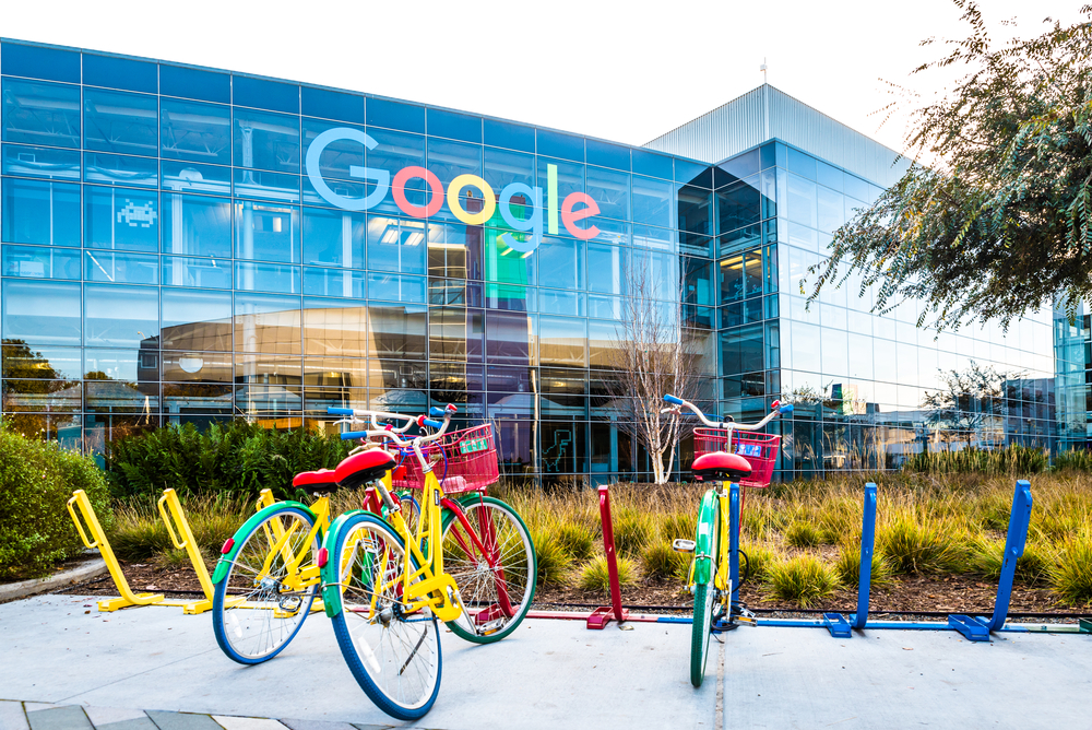 Google Parent Alphabet Leaves Wall Street Analysts in the Dust