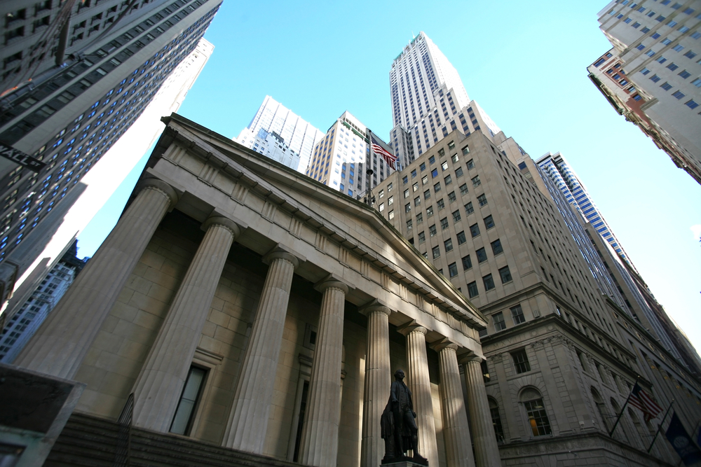 Big Money Index Falls To 18-Month Lowv