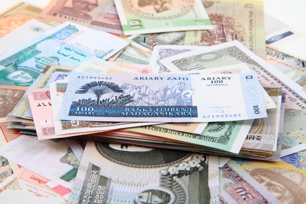 Fed Lifts Dollar