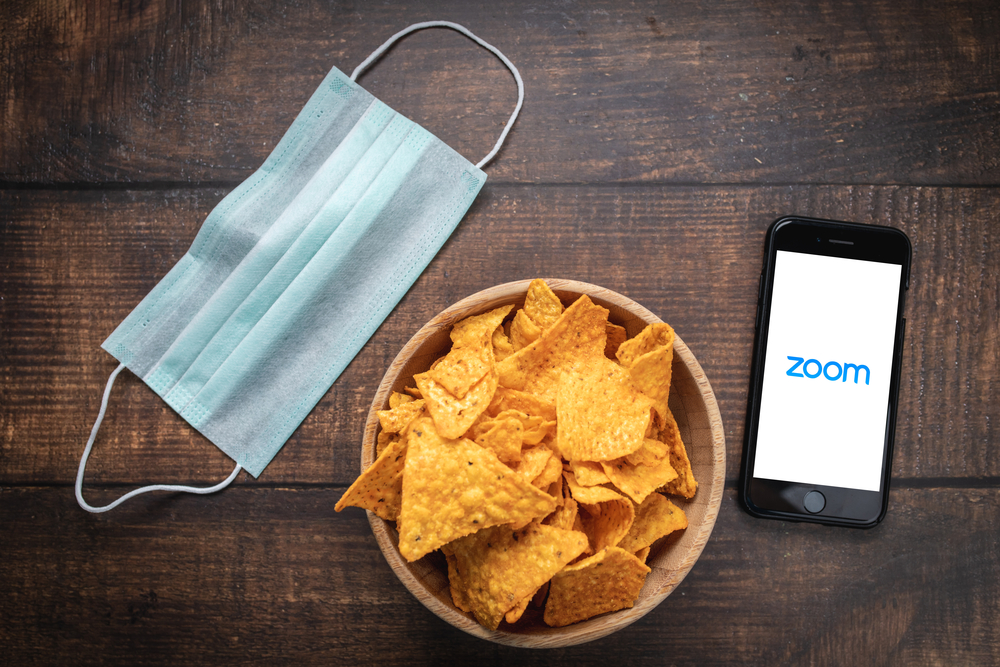 Zoom Shares Slump Over 12% as Revenue Outlook Disappoints