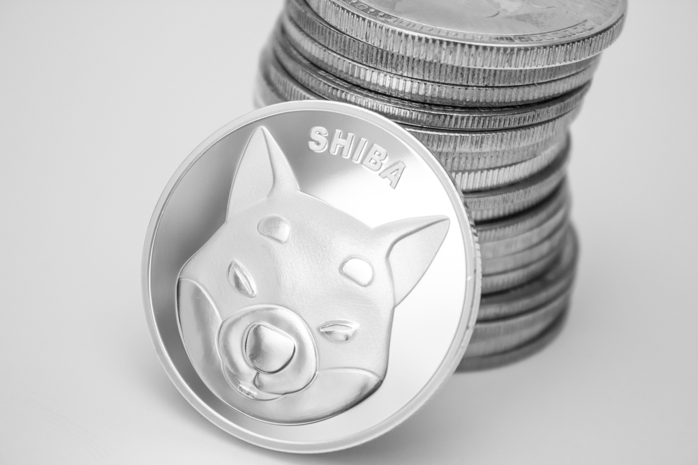 Shiba Inu Tests Support At $0.000007 As Pullback Continues