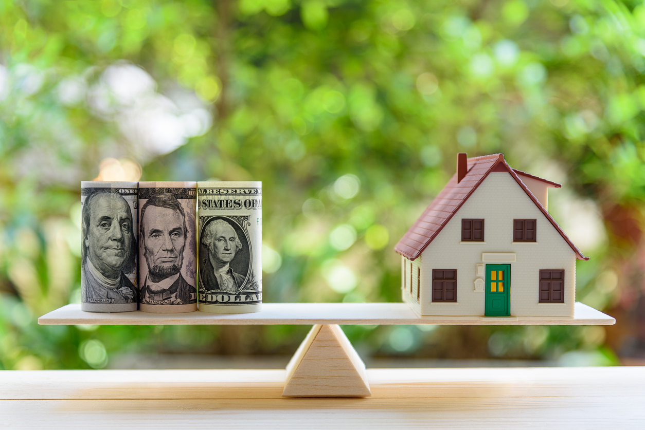 U.S Mortgage Rates Rise but Fall Short of 3%