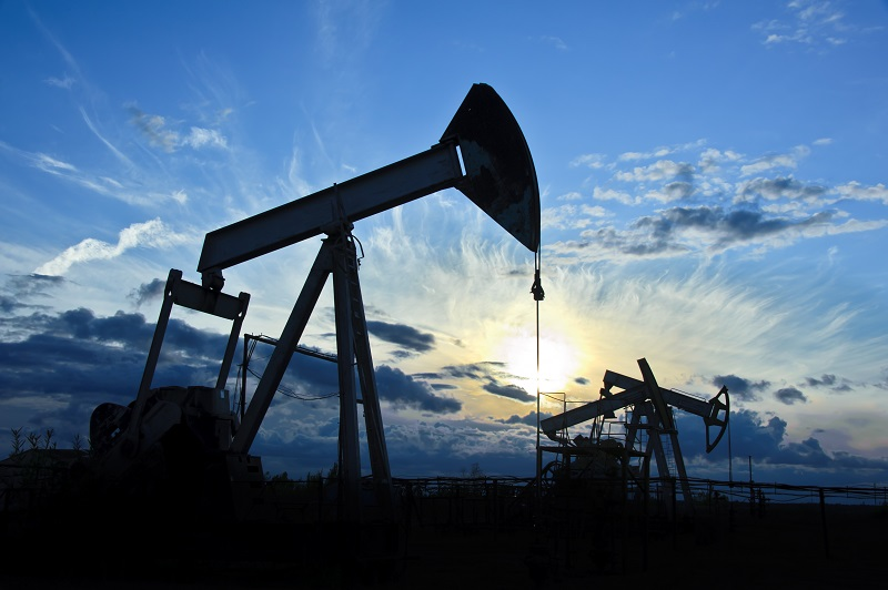 Oil Prices Rise on Tight Supply, Renewed Risk Appetite