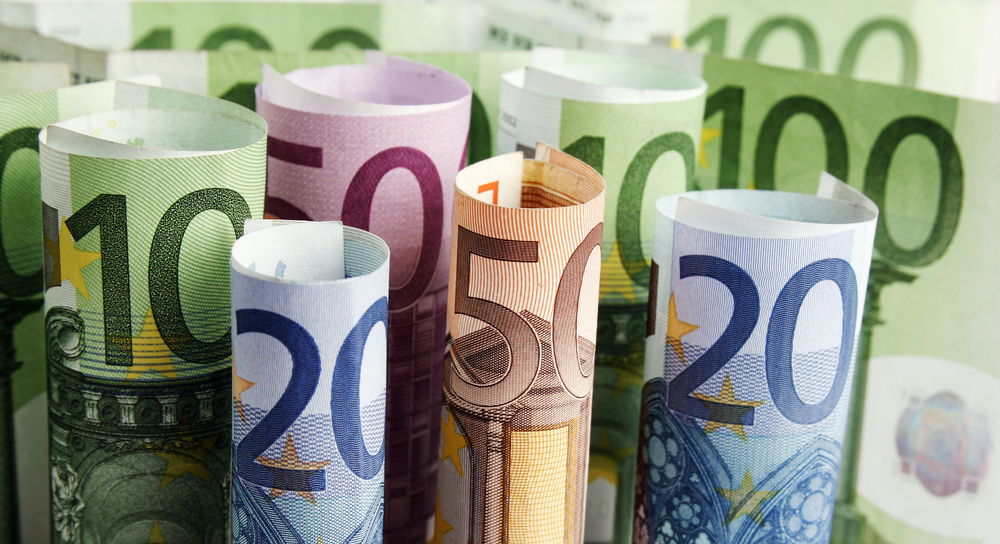 EUR/USD Weekly Price Forecast – Euro Forms Choppy Candlestick
