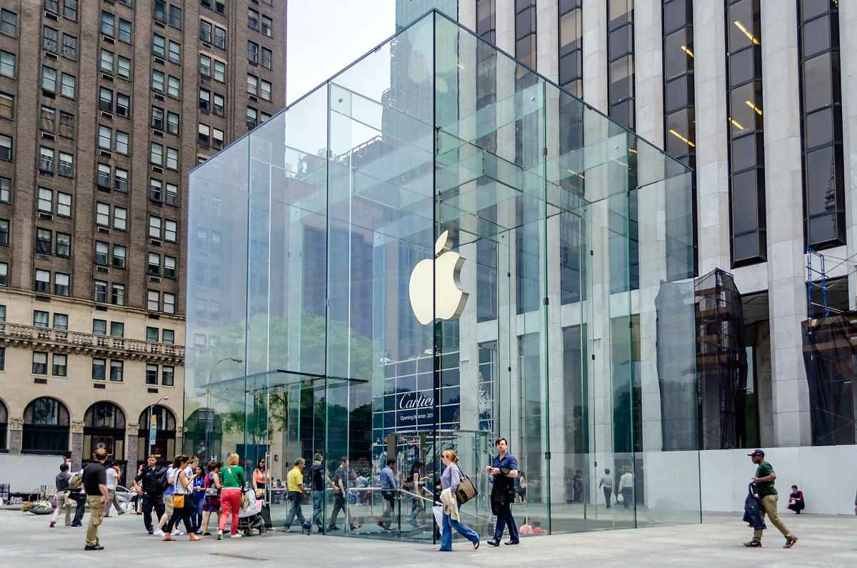 Apple Could Lose Ground in the Fourth Quarter