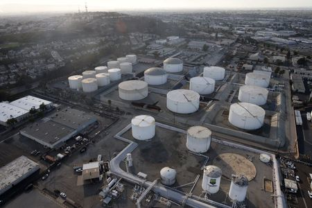 Oil Prices Slip as Pandemic Takes Toll on India's Fuel Sales