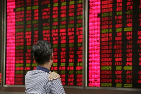 Asia Stocks Hit 2021 Lows as China Skids, Funds Favour Wall St