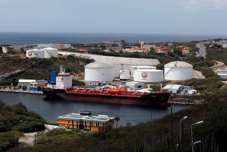 Oil Prices Gain on U.S. Fuel Drawdown Despite Rising Covid-19 Cases